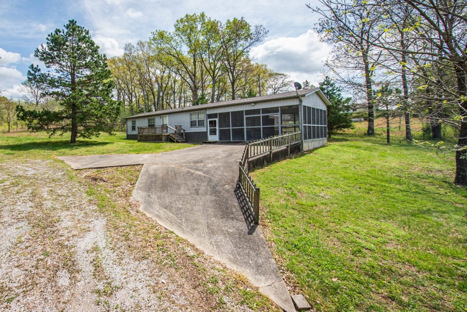 Secluded…3 Bedroom Vacation Home…In Hardin County