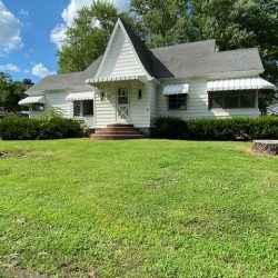 3 BR, 2.5 Bath, Basement on 1.5 (+/-) Acres
